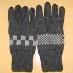 チェック柄の手袋(黒)