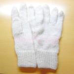 チェック柄の手袋(白)