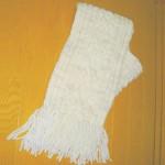 縄編み模様のマフラー(白)